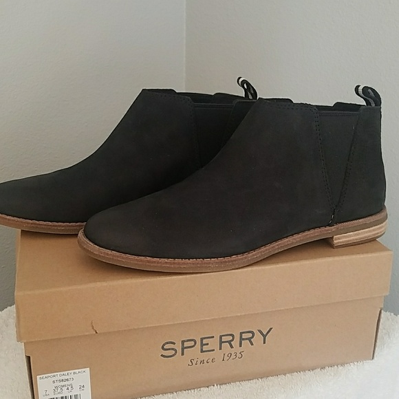 Sperry Seaport Daley Black Suede Ankle